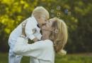 5 reguli esențiale pentru a crește bine un copil