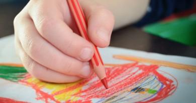 Ce ne spun copiii prin desenele lor