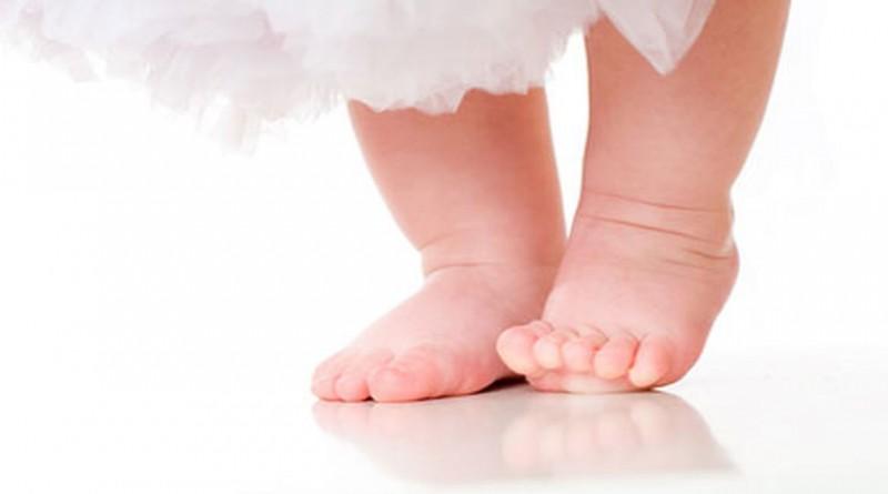 La ce să fim atenți și când trebuie să mergem cu copilul la ortoped