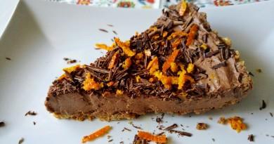 Tartă cu ciocolată, fără coacere. Gata în 15 minute
