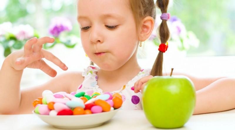 Copilul și dulciurile. Cum ar trebui și cum putem noi