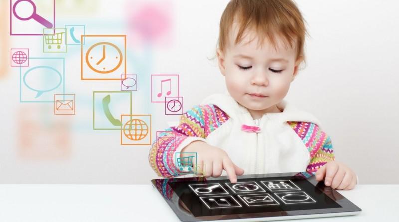 copil tableta telefon