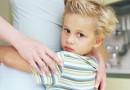 De ce sunt atât de iritată când un necunoscut îmi atinge copilul