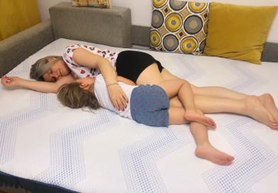 Fanteziile mamelor în pat