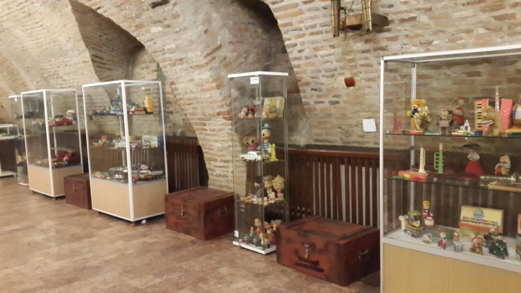Obiective turistice Transfagarsan copii- Cetatea Fagarasului
